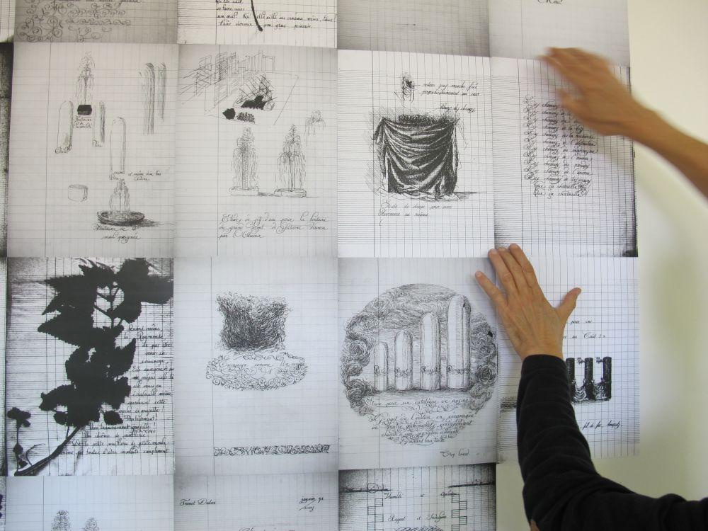 Exposition EcritureS au Lycée-Lacroix à Narbonne, vue du montage de l'exposition. Photo Christian Perez