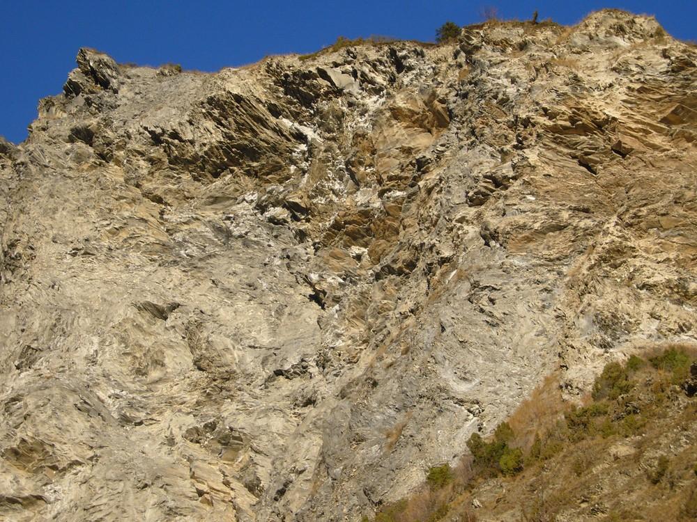 Florence Paradeis, Montagne (1 & 1 bis), 2007, photographie sur papier, 34,5 x 103 x 2,5 cm 2 x (34,5 x 50 x 2,5 cm). Collection Frac Languedoc-Roussillon