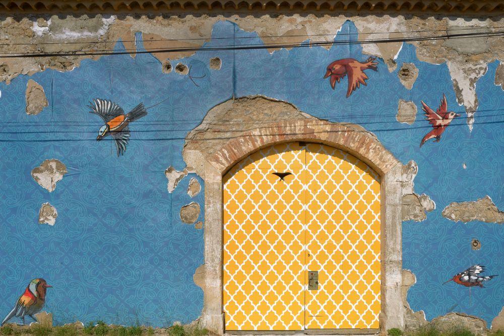 Jimmy Richer, Libres oiseaux du Sommail, 2017, mural. Réalisé avec le soutine du ministère de la Culture et la participation du Grand Narbonne