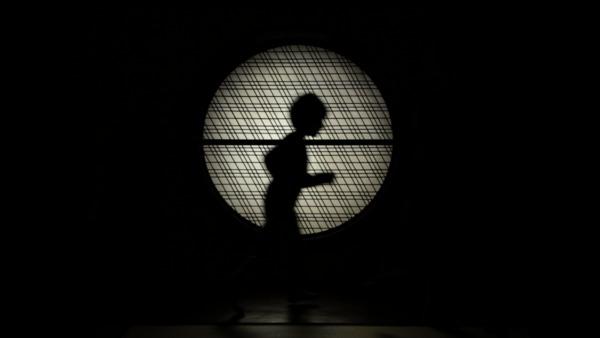 Le gentil garçon, Cronique du monde d'avant, vidéo, 2013