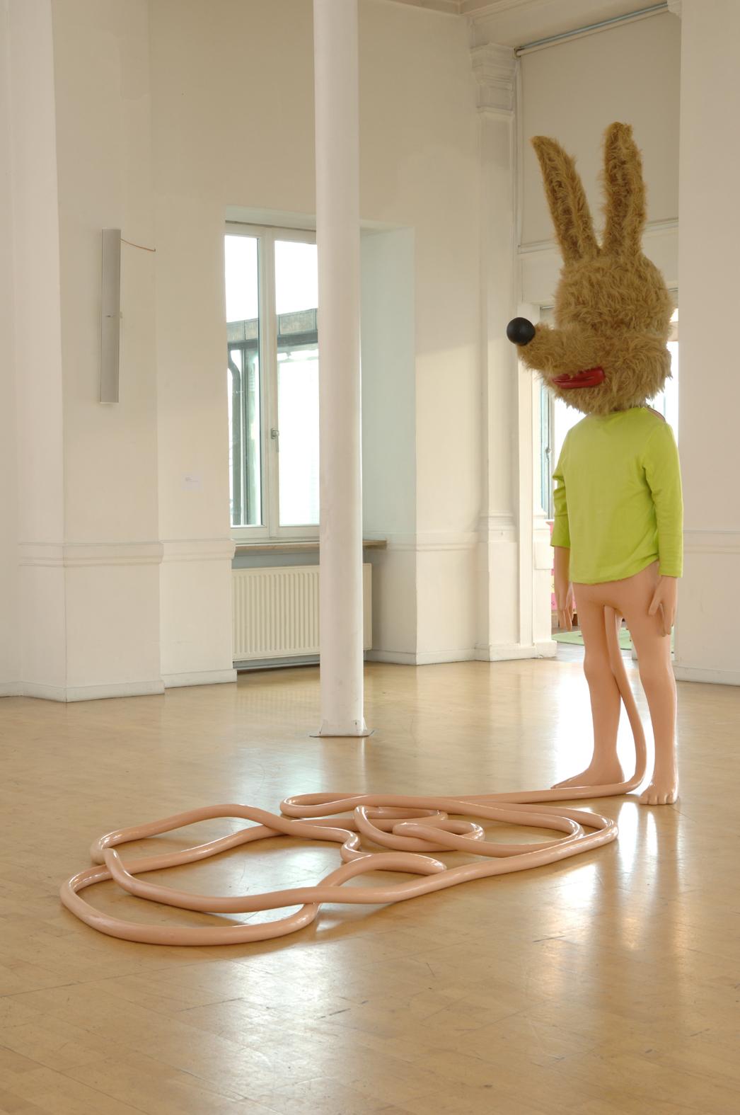 Paul McCarthy, Spaghetti Man, 1993, Collection Frac Occitanie Montpellier, dans l'exposition La liberté (de l'art) guidant le peuple - Casino Luxembourg, 2005
