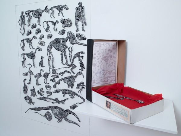 Patrick Van Caeckenbergh, Les Poluches de Georges, 2013, oeuvre textile, dimensions variables - Collection Frac Occitanie Montpellier. Photo Galerie In Situ/Fabienne Leclerc. © Adagp, Paris 2021